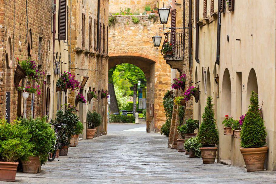 Flugreise Italien - Straße