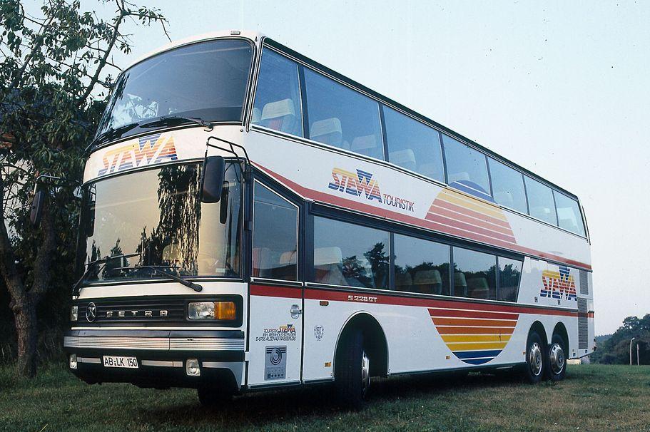 Doppeldecker-Reisebus S 228DT