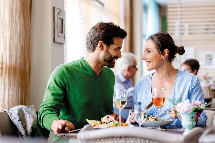 Bistro Café Zimt im STEWA Reisezentrum Kleinostheim - Mittagessen