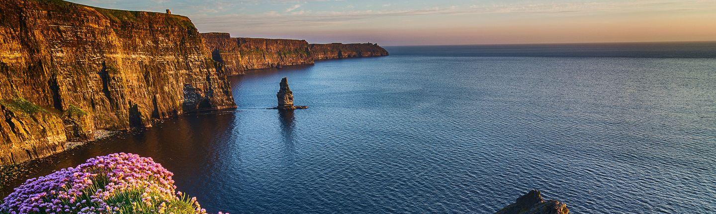 Flugreise Irland Klippen von Moher